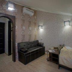 Гостиница JOY Стандартный номер с двуспальной кроватью (общая ванная комната) фото 2