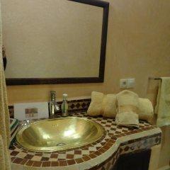 Отель Riad Atlas Toyours Марокко, Марракеш - отзывы, цены и фото номеров - забронировать отель Riad Atlas Toyours онлайн ванная фото 2