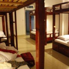 Отель Backpacker Inn Dalat 2* Кровать в общем номере фото 7