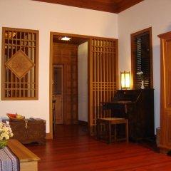 Отель Inle Lake View Resort & Spa 4* Вилла с различными типами кроватей фото 5