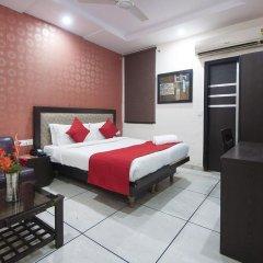 Hotel Apra International 3* Номер Делюкс с различными типами кроватей фото 8
