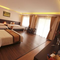 Отель Nguyen Dang Guesthouse Стандартный семейный номер с двуспальной кроватью фото 7