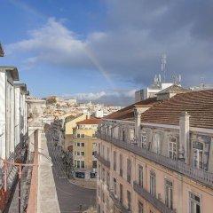 Отель Lisbon Economy Guest Houses Old Town II балкон