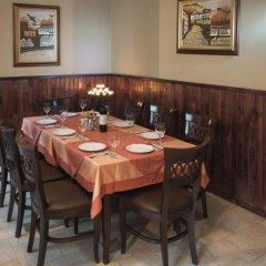 Отель Family Hotel Pautalia Болгария, Сандански - отзывы, цены и фото номеров - забронировать отель Family Hotel Pautalia онлайн питание