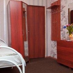 Marusya House Hostel Стандартный семейный номер с двуспальной кроватью фото 8