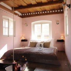 Отель Design Neruda 4* Улучшенный номер с различными типами кроватей фото 8