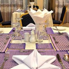 Kyi Tin Hotel питание фото 3