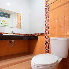 Отель Baan Sutra Guesthouse 3* Стандартный номер фото 4