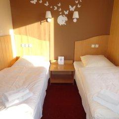 Hotel Atlantis 2* Стандартный номер с 2 отдельными кроватями фото 9