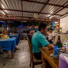 Отель Nong Guest House Таиланд, Паттайя - отзывы, цены и фото номеров - забронировать отель Nong Guest House онлайн гостиничный бар