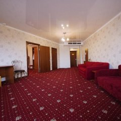 Гостиница Плаза 4* Люкс с двуспальной кроватью фото 6