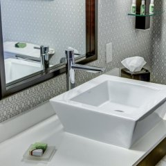 Cambria Hotel White Plains - Downtown 3* Люкс с различными типами кроватей фото 7
