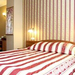 Гостиница Четыре сезона Екатеринбург комната для гостей фото 5