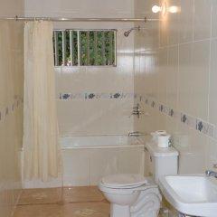 Отель Golden Sands Guest House Треже-Бич ванная
