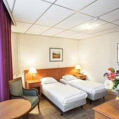 Delta Hotel City Center 3* Стандартный номер с двуспальной кроватью