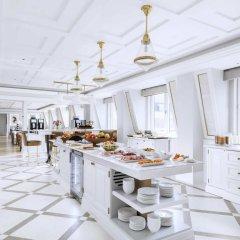Отель The Langham, London 5* Улучшенный номер с различными типами кроватей