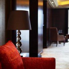 Отель Sheraton Shenzhen Futian Hotel Китай, Шэньчжэнь - отзывы, цены и фото номеров - забронировать отель Sheraton Shenzhen Futian Hotel онлайн удобства в номере фото 2