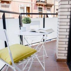 Апартаменты Feelathome Plaza Apartments балкон