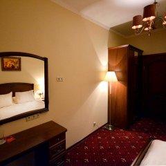 Гостиница Леонарт 3* Улучшенный номер с двуспальной кроватью фото 2