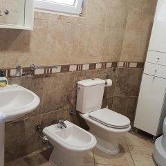 Отель Luxury Villas Lapcici Черногория, Будва - отзывы, цены и фото номеров - забронировать отель Luxury Villas Lapcici онлайн ванная