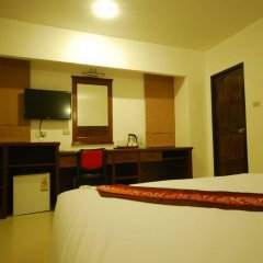 Отель Patong Budget Rooms Номер Делюкс с различными типами кроватей фото 3