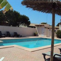 Отель Complejo Rural Entre Pinos Испания, Вехер-де-ла-Фронтера - отзывы, цены и фото номеров - забронировать отель Complejo Rural Entre Pinos онлайн бассейн фото 3