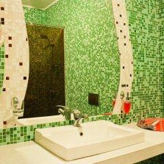 Гостиница Территория отдыха Любимая в Кургане отзывы, цены и фото номеров - забронировать гостиницу Территория отдыха Любимая онлайн Курган ванная