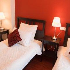 Гостиница Crossroads 3* Улучшенный номер с 2 отдельными кроватями