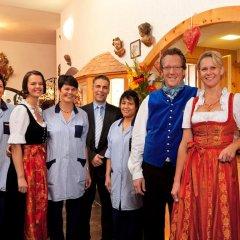 Отель Hahn Hotel Германия, Мюнхен - 3 отзыва об отеле, цены и фото номеров - забронировать отель Hahn Hotel онлайн развлечения