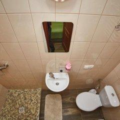 Гостиница ЦісаR Украина, Львов - 10 отзывов об отеле, цены и фото номеров - забронировать гостиницу ЦісаR онлайн ванная фото 2