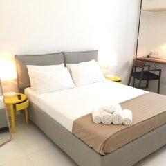 Two Pillows Boutique Hostel Люкс с двуспальной кроватью