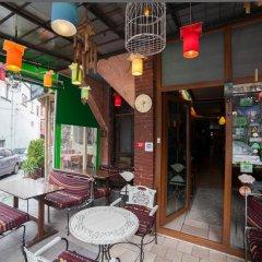 Cheers Hostel Турция, Стамбул - 1 отзыв об отеле, цены и фото номеров - забронировать отель Cheers Hostel онлайн питание