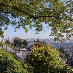 Отель Timhotel Montmartre Париж приотельная территория