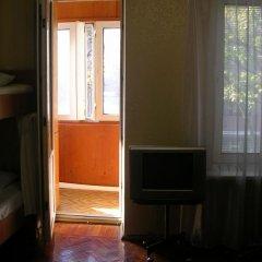 Хостел Пилигрим Кровать в общем номере фото 3