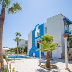 Отель Estel Blanc Apartaments - Adults Only бассейн
