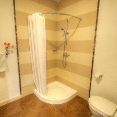 Carlton Hotel 3* Стандартный номер с двуспальной кроватью фото 9