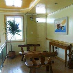 Отель Boracay Breeze Hotel Филиппины, остров Боракай - отзывы, цены и фото номеров - забронировать отель Boracay Breeze Hotel онлайн интерьер отеля