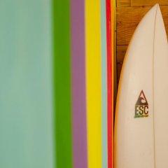 Отель Ericeira Surf Camp комната для гостей