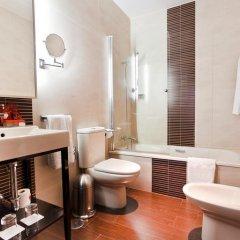 Отель Room Mate Leo 3* Представительский номер с различными типами кроватей фото 4