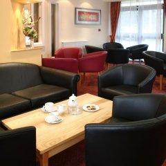 Отель Quality St Albans Сент-Олбанс интерьер отеля