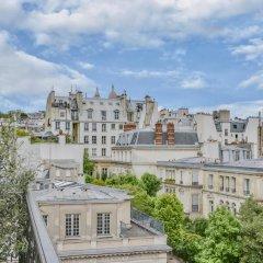 Отель Grand Pigalle Париж балкон