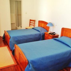 Отель Comercial Azores Guest House Стандартный номер фото 10