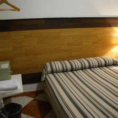 Отель JQC Rooms 2* Стандартный номер с двуспальной кроватью (общая ванная комната) фото 10