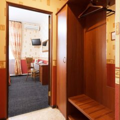 Гостиница Регина 3* Стандартный номер с различными типами кроватей фото 34
