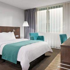 Отель Holiday Inn Düsseldorf - Hafen 4* Стандартный номер с различными типами кроватей