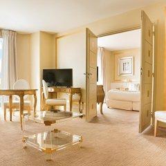Отель Renoir Hotel Франция, Канны - отзывы, цены и фото номеров - забронировать отель Renoir Hotel онлайн удобства в номере фото 2