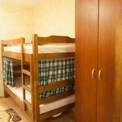 Weekend Hostel Кровать в женском общем номере с двухъярусной кроватью фото 4