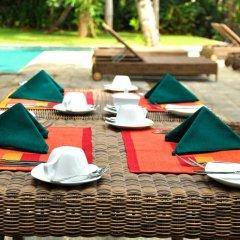 Отель Roman Lake Ayurveda Resort бассейн фото 3