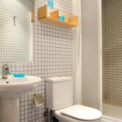 Отель Avenida Apartments Ripoll WHITE Испания, Барселона - отзывы, цены и фото номеров - забронировать отель Avenida Apartments Ripoll WHITE онлайн ванная