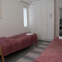 Отель Finnhostel Joensuu Йоенсуу комната для гостей